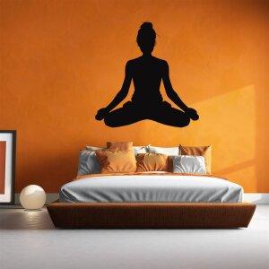Yoga Wandaufkleber  Wandtattoo Frau im Lotus Sitz
