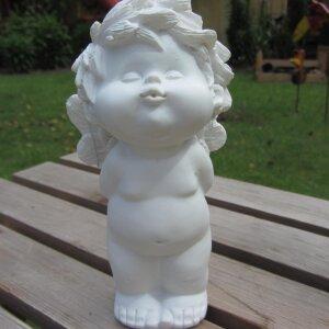 Engel Igor -küssend oder mit Herz- Höhe 15cm