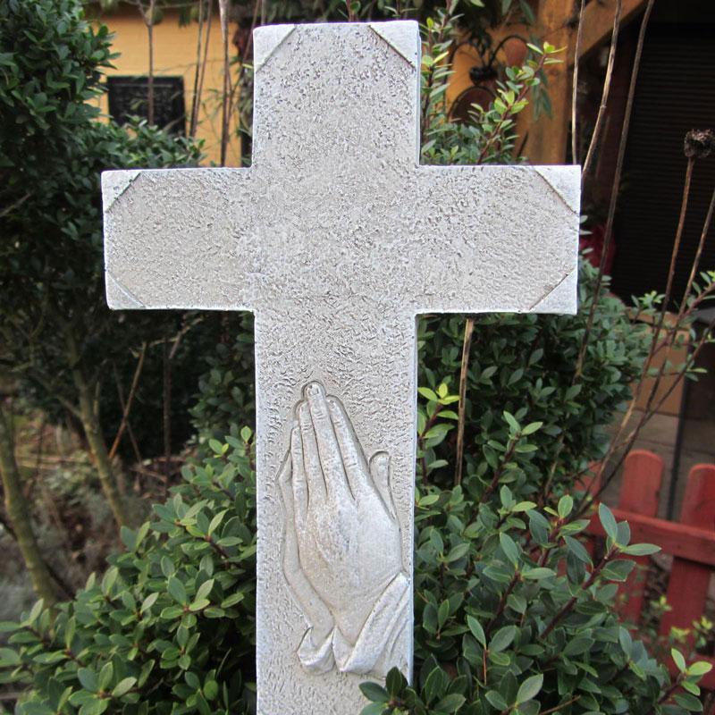 Grabdekoration Grabkreuz mit Dürer Hände